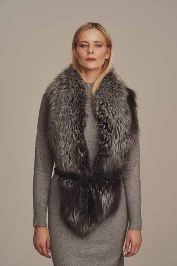 Kožešinový límec ze stříbrné lišky