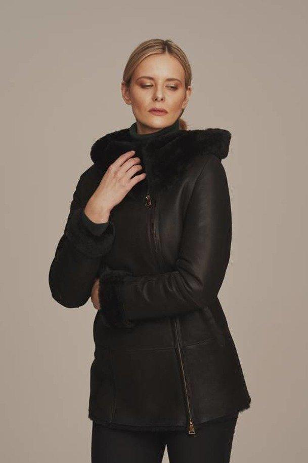 Kożuch damski czarny z kapturem - Kurtka damska zimowa