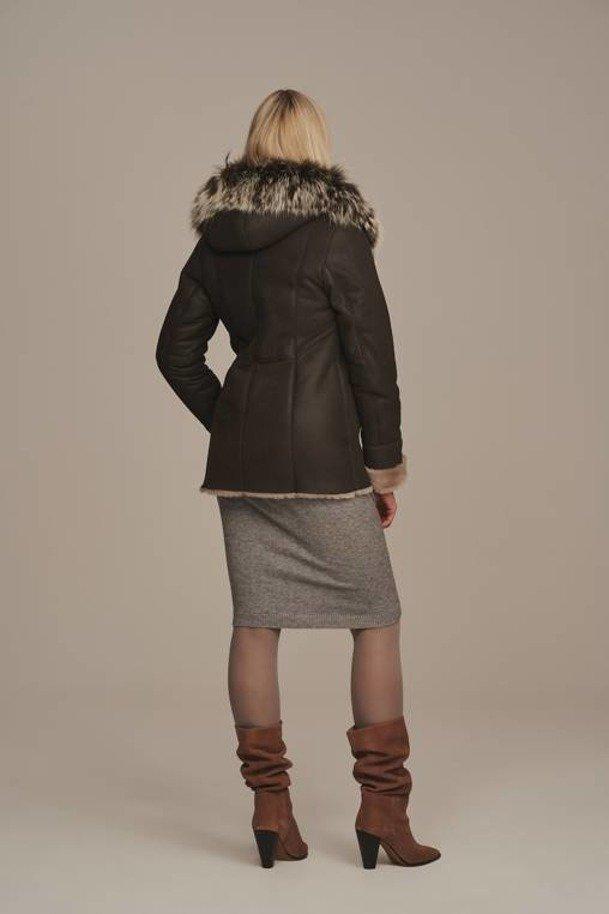 Kożuch damski naturalny z kapturem - Kurtka zimowa damska krótka z futerkiem