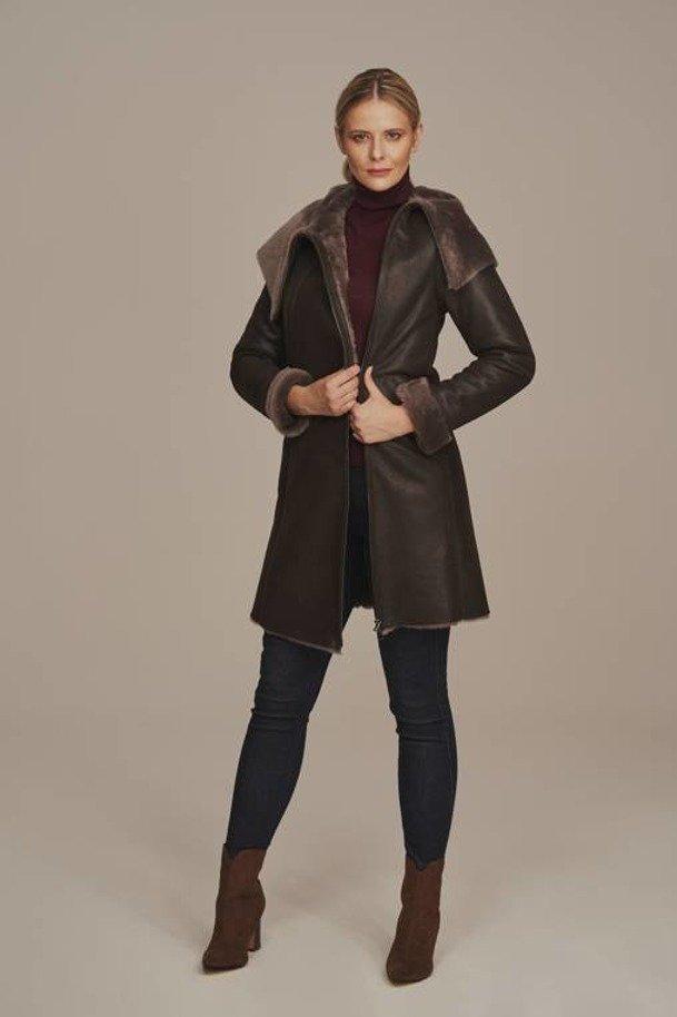 Płaszcz kożuch damski z kapturem - Futerko damskie na zimę