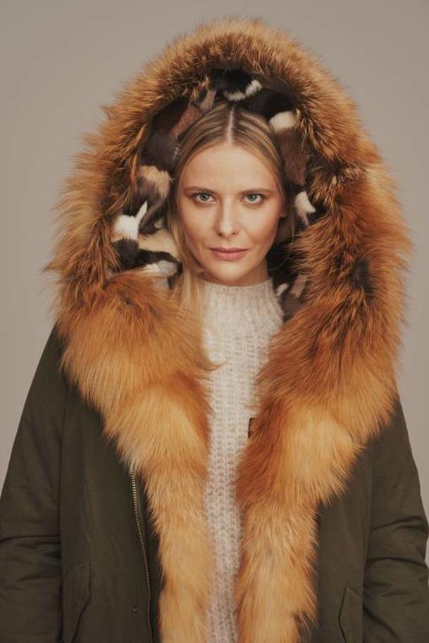 Dámska zimná bunda parka s kožušinou
