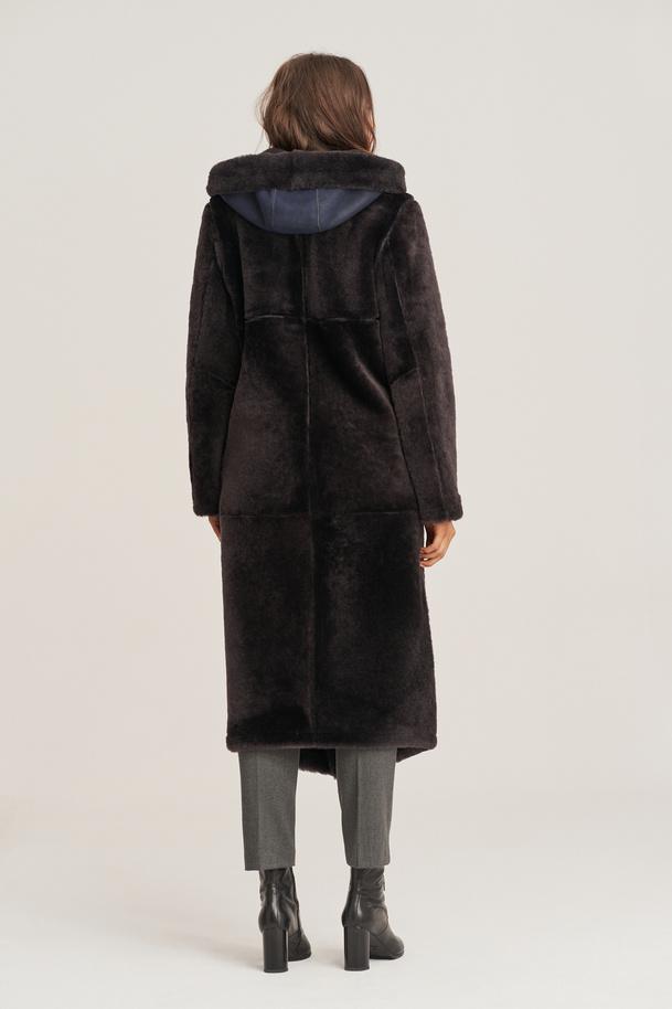 Dámsky obojstranný kabát z jahňacej kože
